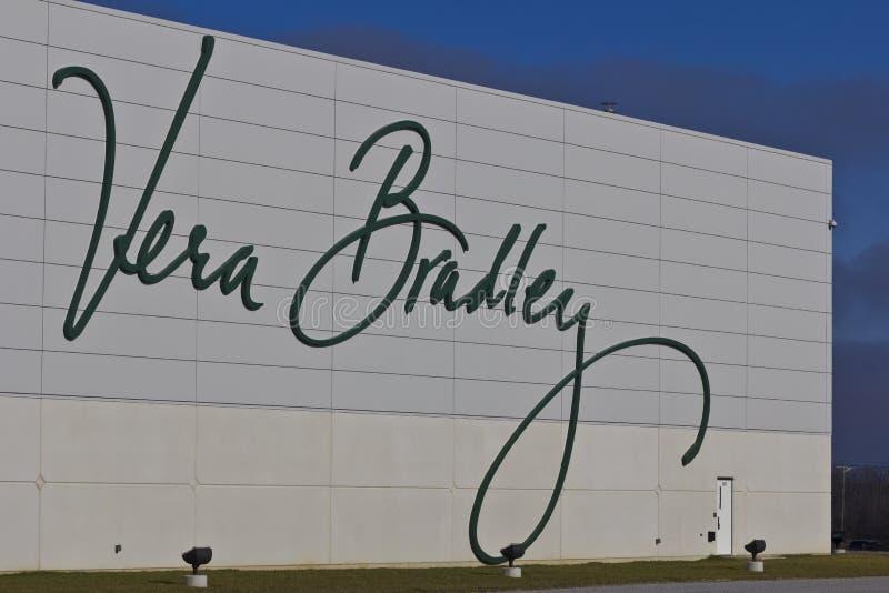 Ft Wayne, DENTRO - cerca do dezembro de 2015: Vera Bradley World Headquarters foto de stock