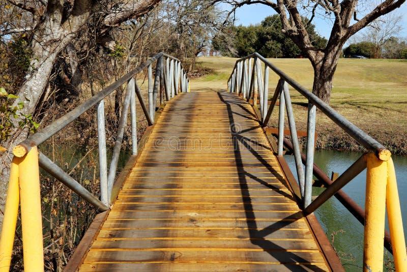 Fuß-Brücke lizenzfreie stockfotos