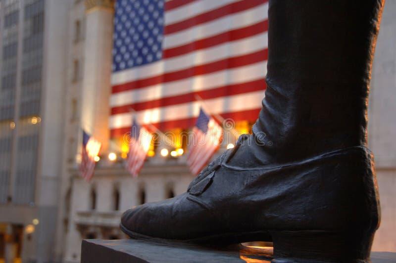 Fuß der Statue von George Washington auf Wall Street stockbild