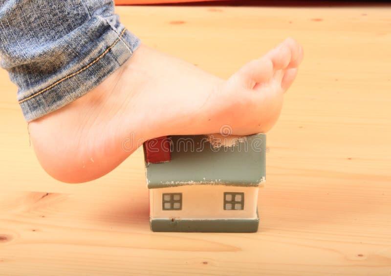 Fuß Haus ausdehnend stockfoto