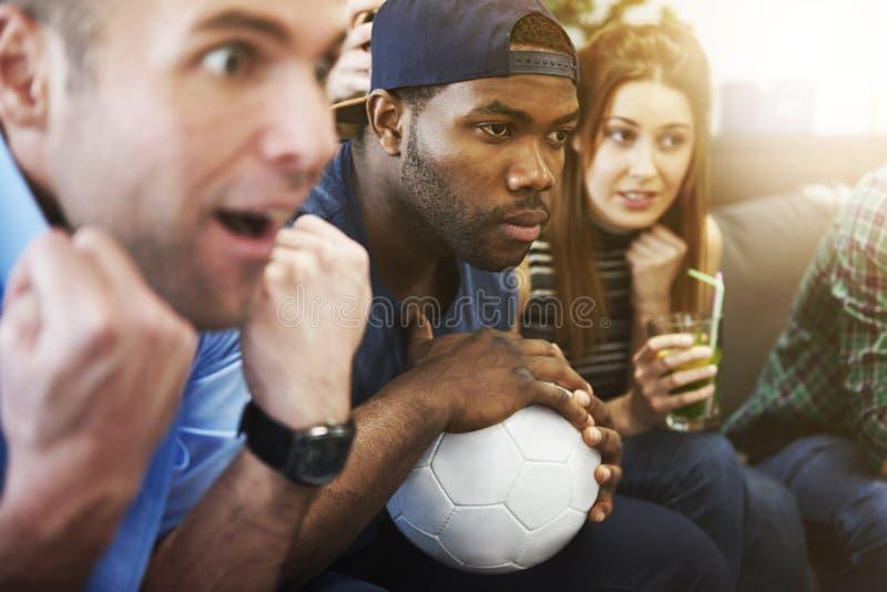 Fußballfane lizenzfreie stockfotos