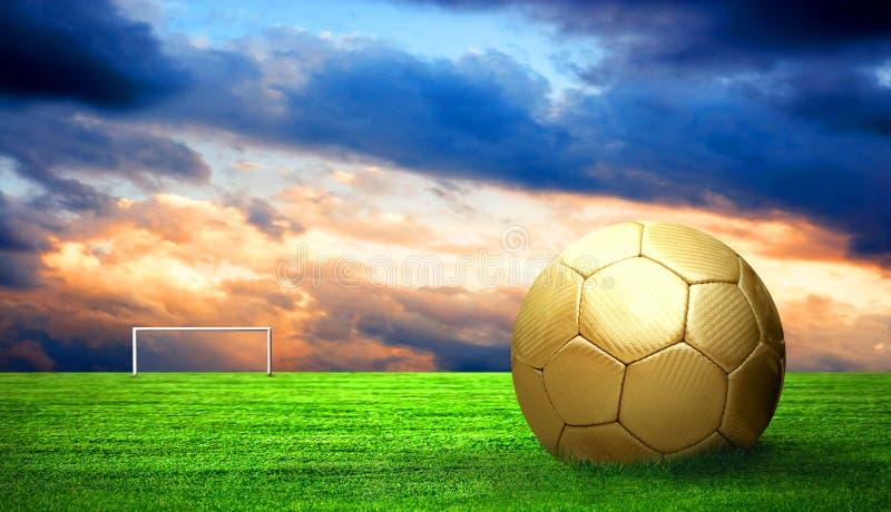 Fußballkugel im Freien stockfotos