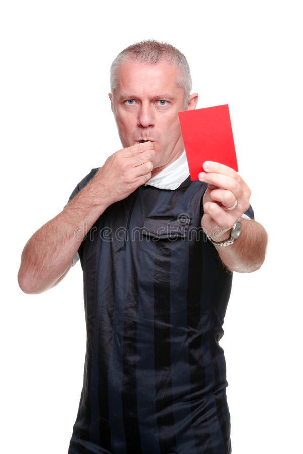 Fußballreferent, der die rote Karte zeigt lizenzfreies stockbild