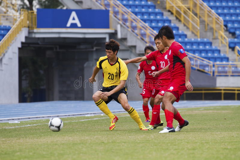 Download Fußballspiel redaktionelles foto. Bild von grün, konkurrierend - 27731711