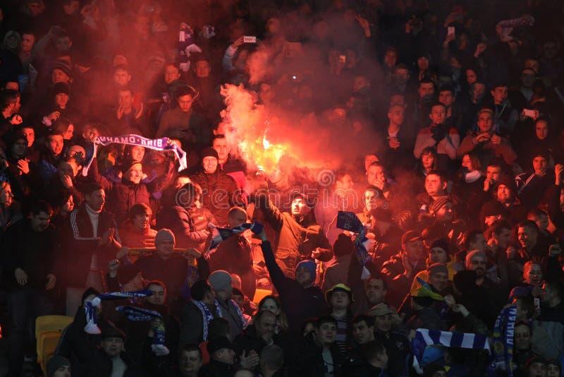 Fußballspiel-FC Dynamo Kyiv gegen FC Everton stockfotos