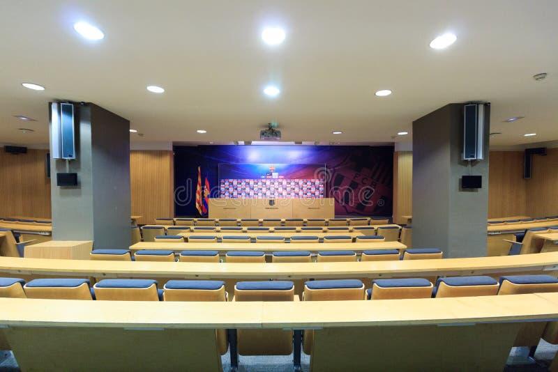 Fußballstadion Camp Nou -Pressekonferenzsaal in Barcelona lizenzfreie stockfotos