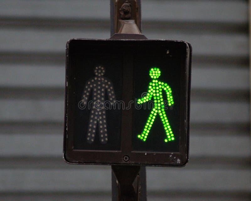 Fußgängerampel lizenzfreies stockbild