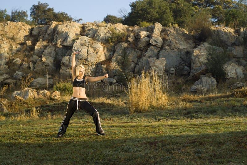 fu kung parka kobieta zdjęcia royalty free