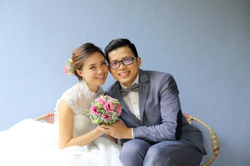 Fucilazione asiatica della foto di nozze immagini stock libere da diritti