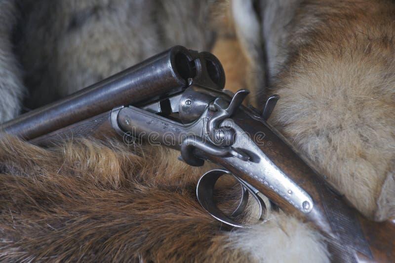 Fucile da caccia del martello - parallelamente - cada la serratura fotografie stock libere da diritti