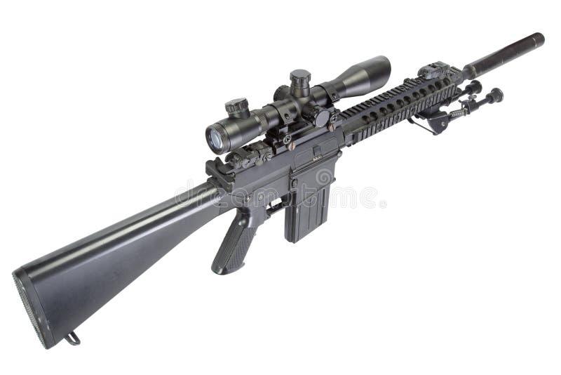 fucile di tiratore franco automatico dei semi con bipod ed il silenziatore fotografia stock