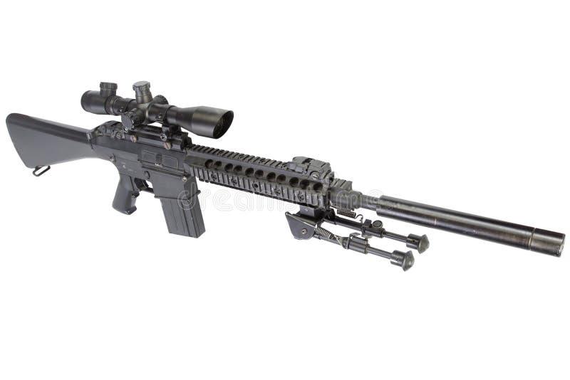 fucile di tiratore franco automatico dei semi con bipod ed il silenziatore fotografia stock libera da diritti