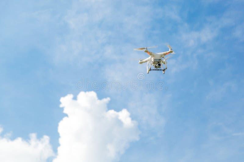 Fuco di Quadcopter con la macchina fotografica immagini stock libere da diritti