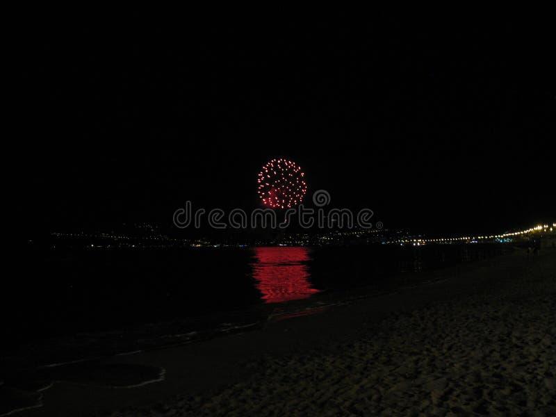 Fuego artificial de la noche fotos de archivo libres de regalías