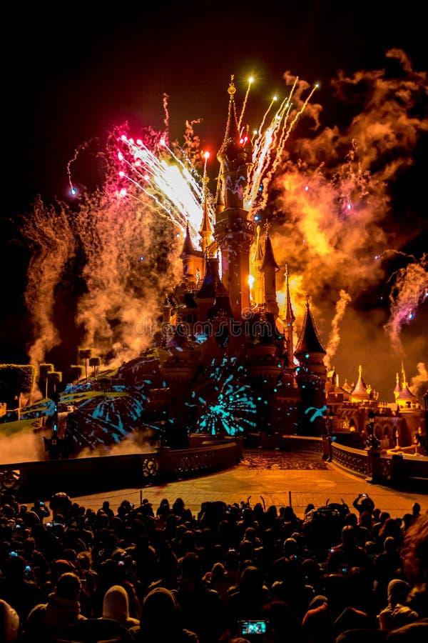 Fuego artificial diario de Disney imagen de archivo libre de regalías
