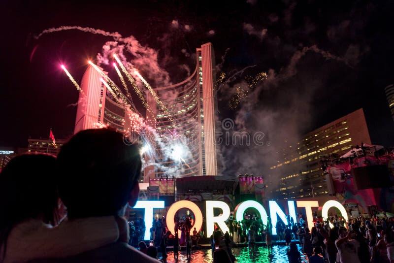 Fuego artificial en Toronto imagen de archivo libre de regalías