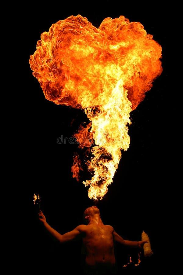 Fuego de la escupida imágenes de archivo libres de regalías