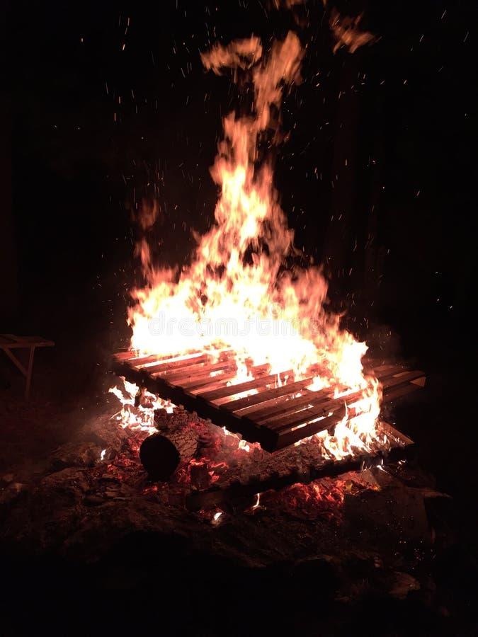 Fuego de la plataforma imagenes de archivo
