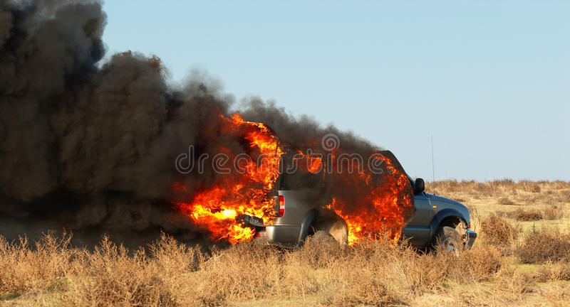 Fuego del coche fotos de archivo libres de regalías