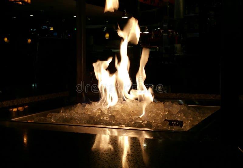 Fuego del hielo imagen de archivo libre de regalías