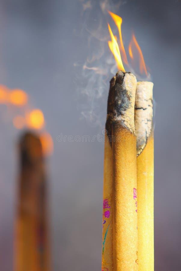 Fuego del incienso fotografía de archivo libre de regalías