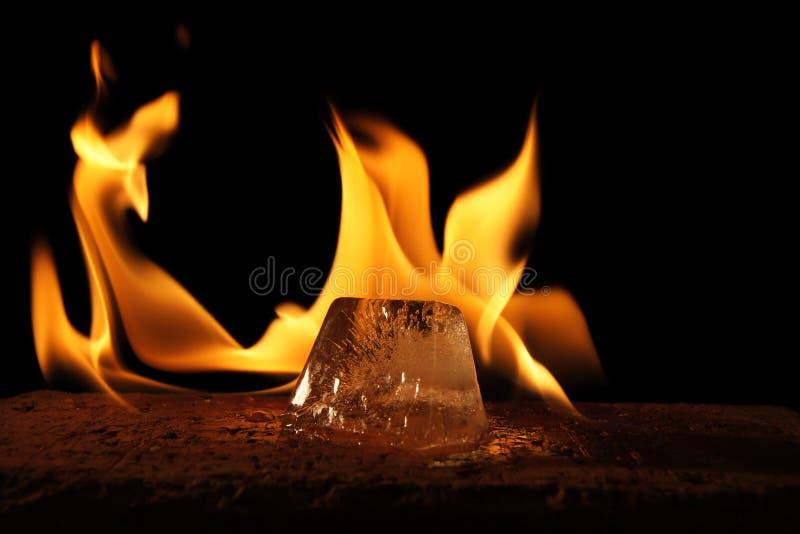 Fuego e hielo imágenes de archivo libres de regalías