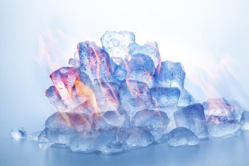 Fuego e hielo fotos de archivo