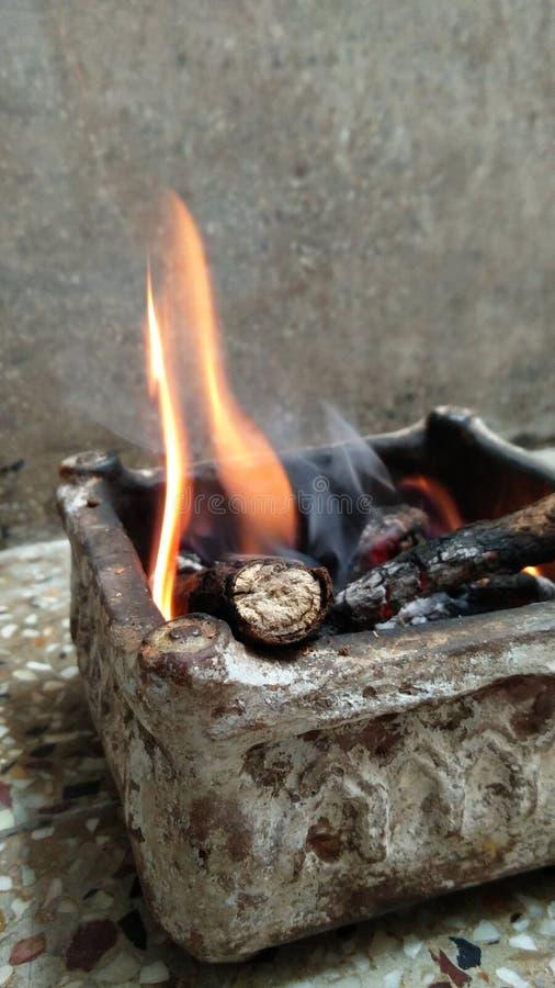 Fuego en hawan fotografía de archivo