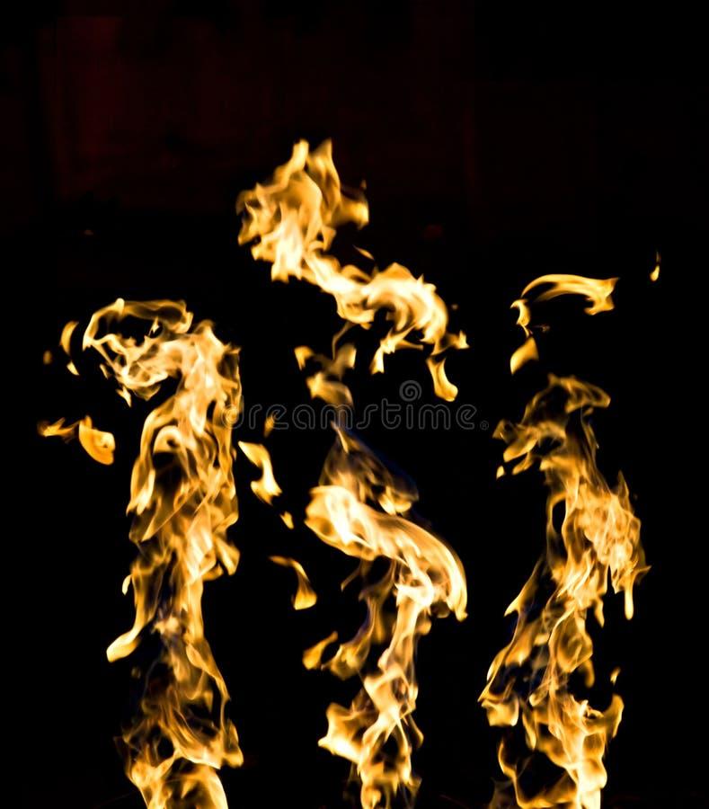 Fuego en negro imagenes de archivo