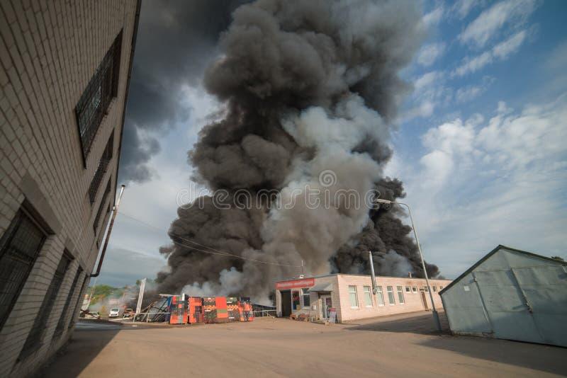 Fuego enorme fotografía de archivo libre de regalías