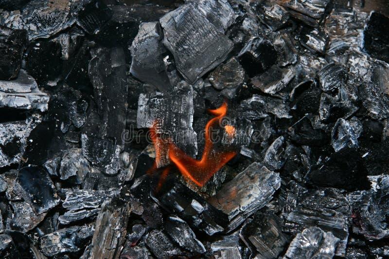 Fuego y cenizas imagenes de archivo
