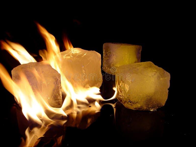 Fuego y hielo imágenes de archivo libres de regalías