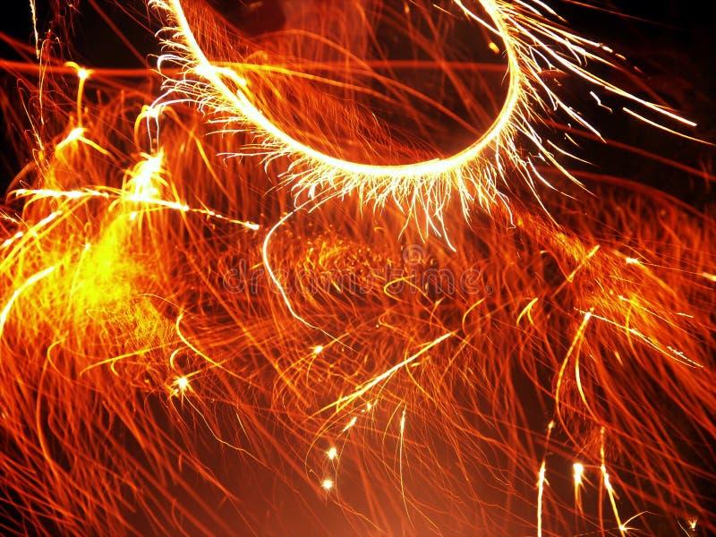 Download Fuegos artificiales foto de archivo. Imagen de llameante - 191208
