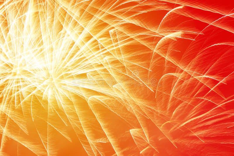 Fuegos artificiales brillantes del Año Nuevo foto de archivo libre de regalías
