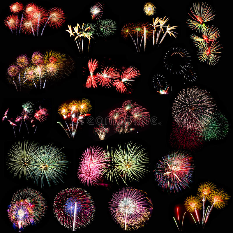 Fuegos artificiales coloridos sobre el cielo nocturno imagenes de archivo
