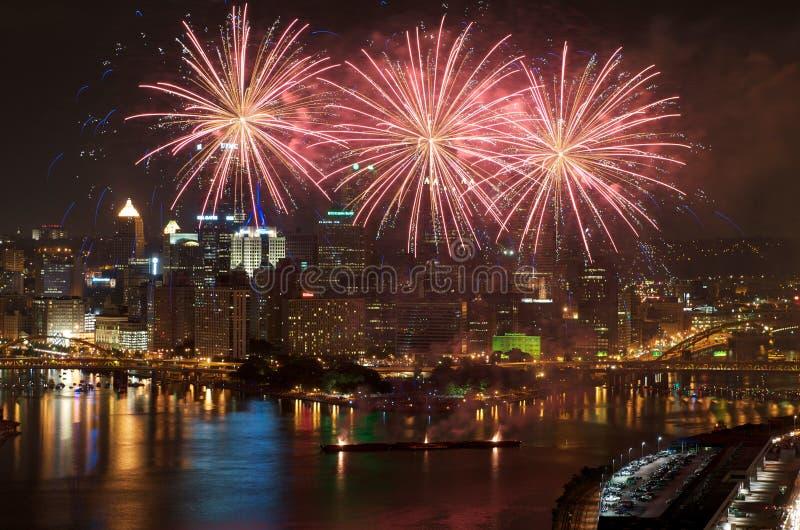 Fuegos artificiales de Pittsburgh imágenes de archivo libres de regalías