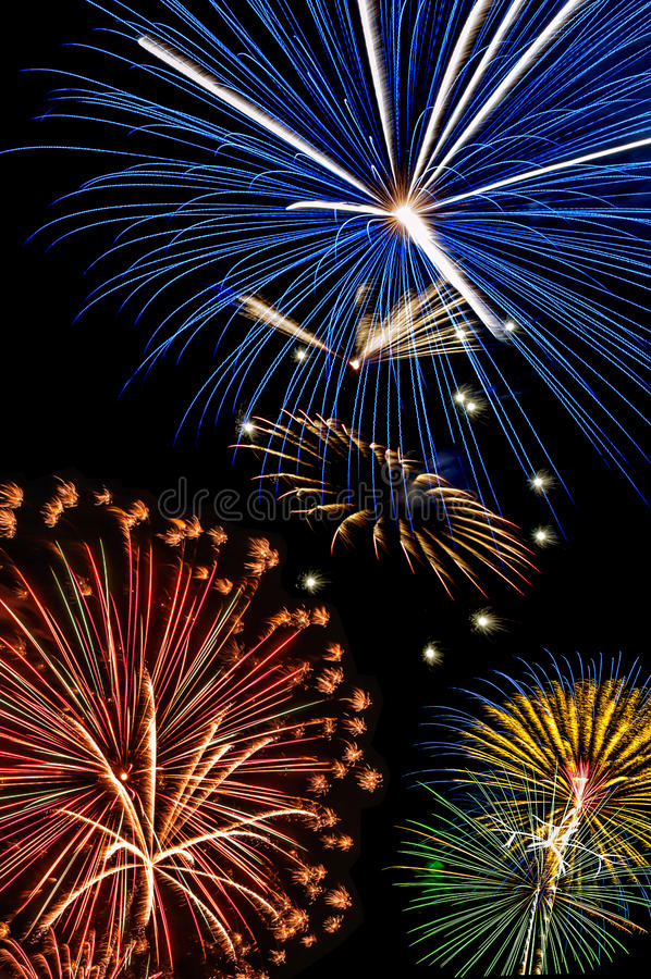 Fuegos artificiales, el 4 de julio, Día de la Independencia foto de archivo