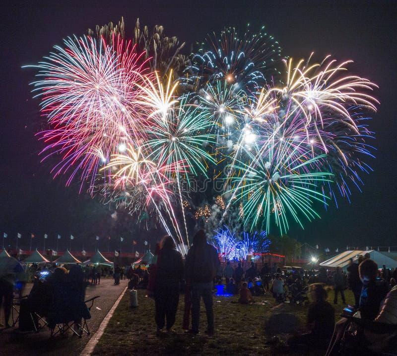Fuegos artificiales, fiesta del globo de Albuquerque foto de archivo