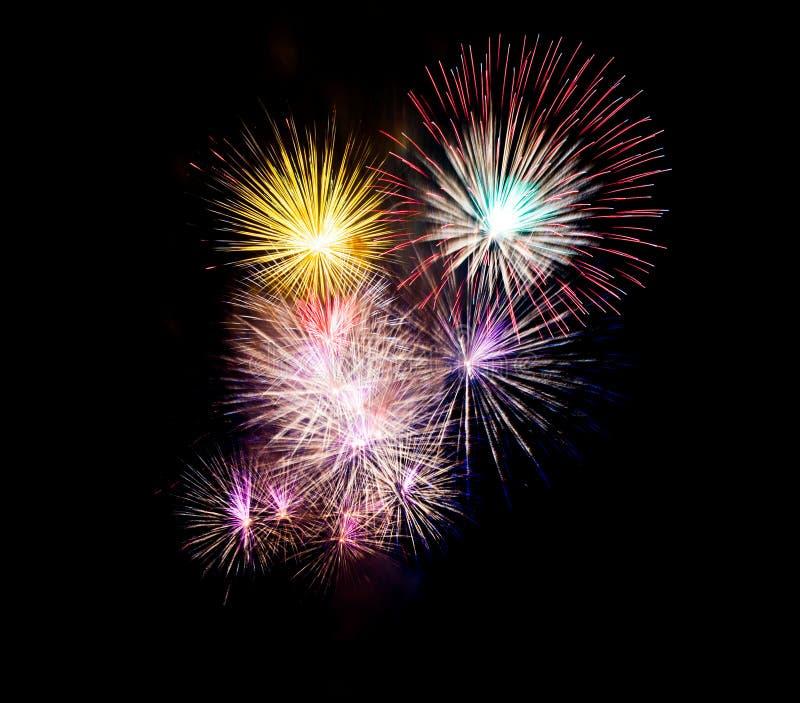 Fuegos artificiales hermosos para el celebrat en Tailandia foto de archivo