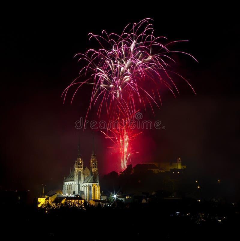 Fuegos artificiales sobre Brno imágenes de archivo libres de regalías