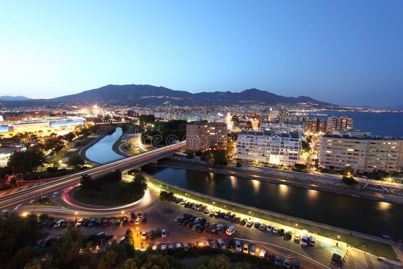 Fuengirola на ноче, Испания стоковая фотография