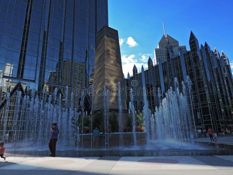 Fuente céntrica de Pittsburgh fotografía de archivo
