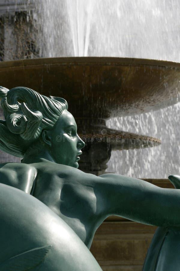 Fuente cuadrada de Trafalgar imagenes de archivo