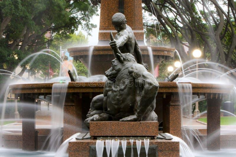 Fuente de agua, Hyde Park, Sydney, Australia. foto de archivo