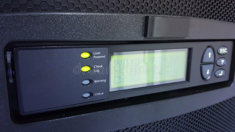 Fuente de alimentación del panel del control numérico para el centro de datos fotos de archivo