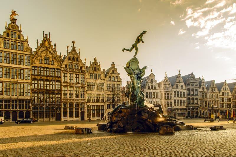 Fuente de Brabo de Amberes, Bélgica imágenes de archivo libres de regalías