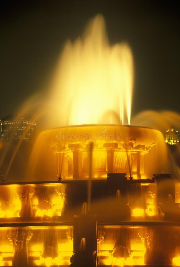 Fuente de Buckingham en Grant Park en la noche, Chicago, Illinois imágenes de archivo libres de regalías