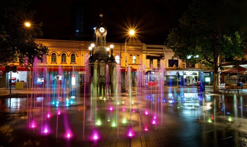 Fuente de Iluminated - cuadrado centenario, Parramatta imagen de archivo libre de regalías