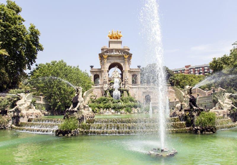 Fuente de la cascada de Parc de la Ciutadella imágenes de archivo libres de regalías