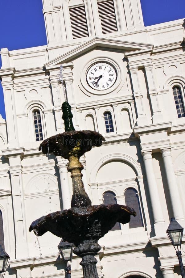 Fuente de la catedral de New Orleans St. Louis fotos de archivo libres de regalías